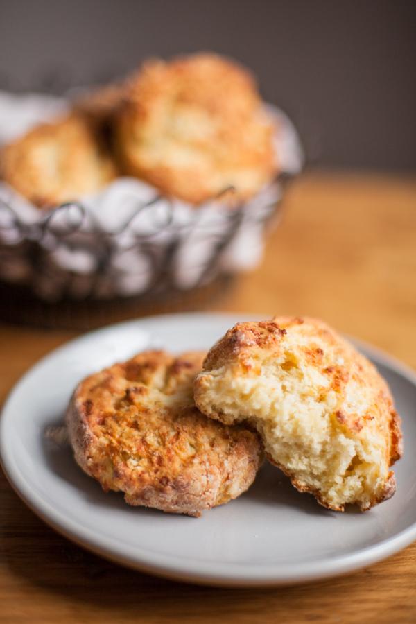 Cheddar-Biscuits-bite
